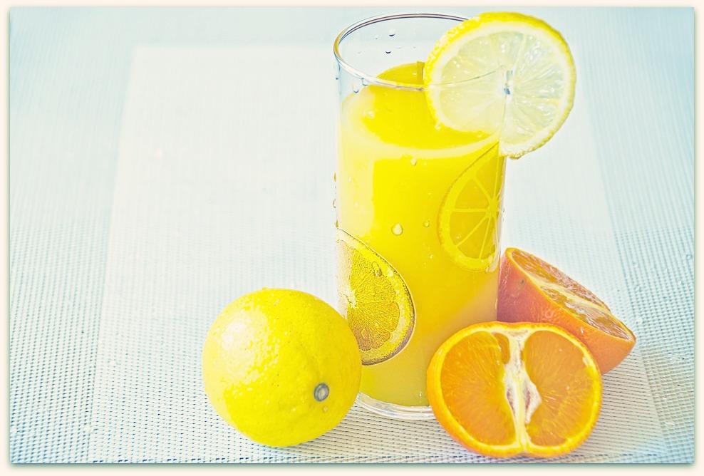 Mon jus de fruit sain grâce à mon extracteur de jus